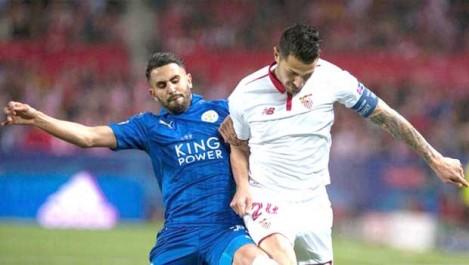 Mahrez et Slimani à un match de l'histoire