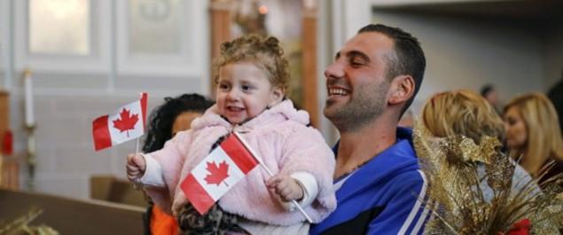 La moitié des Canadiens juge que le nombre de nouveaux arrivants est approprié