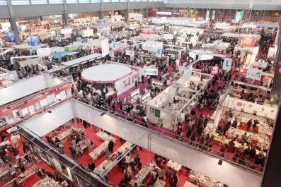 Salon du livre de Paris – foire internationale du livre du Tunis Participation remarquable des maisons d'édition algériennes