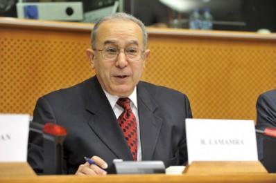 La tragédie des réfugiés syriens ne doit pas être «un fonds de commerce», selon Lamamra