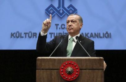 Turquie: des milliers de fonctionnaires limogés
