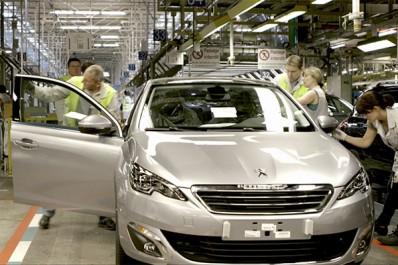 Bouchouareb: «L'usine de Peugeot n'est pas une priorité»