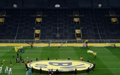 Dortmund–Monaco retardé après des explosions près du bus allemand