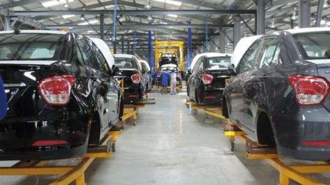 Sellal défend Tahkout:Affaire de l'usine Hyundai de Tiaret