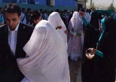 Mariage collectif d'une dizaine de couples