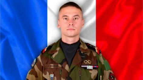 Un caporal-chef français tué dans un « Accrochage avec des terroristes » au mali