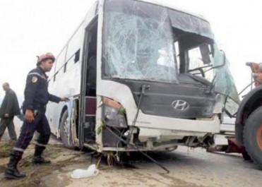 Batna : 57 blessés dans le dérapage d'un bus de transports de voyageurs
