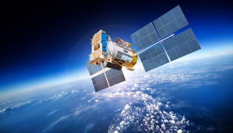 L'Algérie lancera son propre satellite avant la fin de l'année (ministre)