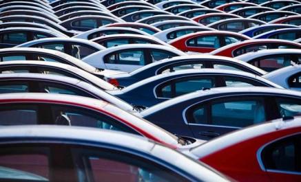 Sellal: Les constructeurs automobile seront obligés d'exporter d'exporter un tiers  de leur production
