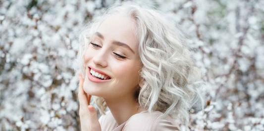 Blond polaire : une couleur à essayer ?