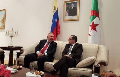 Boutarfa reçoit le ministre vénézuélien du Pétrole