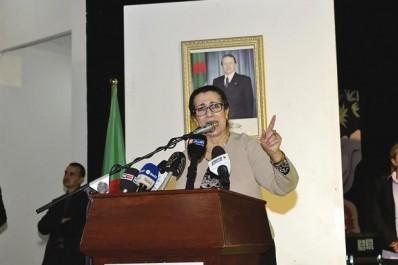 """Louisa Hanoune hier à Blida: """"Ce pouvoir est un danger mortel pour la nation"""""""