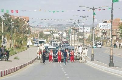 Pour une démonstration folklorique à Bordj Bou-Arriédj: Le cortège d'Abdallah Djaballah bloque la circulation au centre-ville