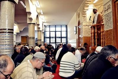 Législatives : les imams appelés à la rescousse