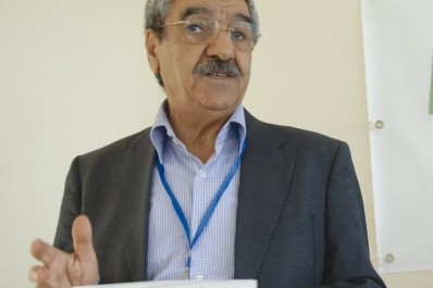 """Saïd Sadi à l'occasion d'une conférence à l'Université de Tizi Ouzou: """"L'État n'est plus en mesure de réparer ses dégâts"""""""