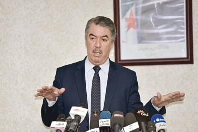 Il accuse le ministre d'instrumentaliser un syndicat rival:  Le Cnes charge Hadjar