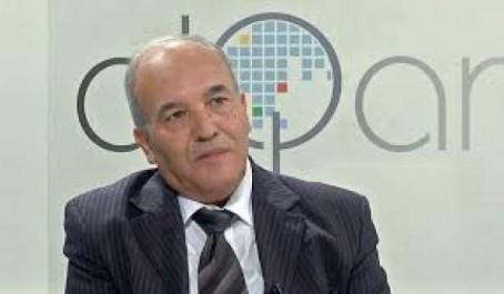 """Le professeur Mebtoul préconise une lutte contre les surcoûts et la surfacturation:  """"Il ne suffit pas de limiter les importations"""""""