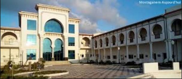En Hommage au grand artiste-peintre : L'École des Beaux-Arts de la Salamandre (Mostaganem) au nom de Mohamed Khadda