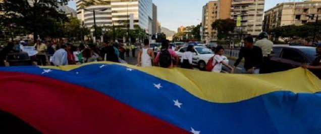 Venezuela: la Cour suprême renonce à s'attribuer les pouvoirs du Parlement