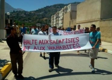 Amin Zaoui : «L'islamisme menace la Kabylie»