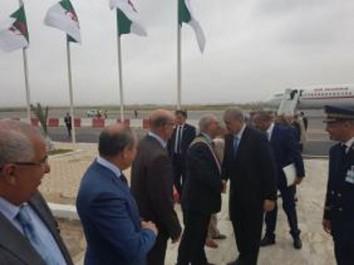 Le Premier ministre entame une visite de travail à Oran
