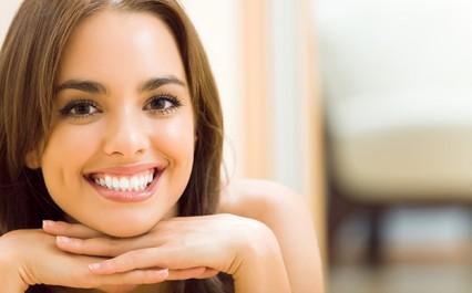 Vrai-Faux:  Le citron blanchit les dents