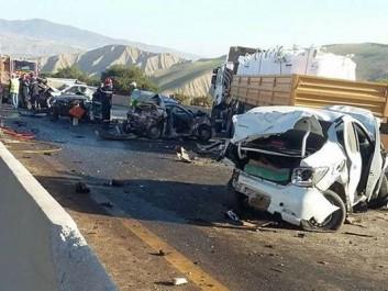 Carnage routier à Khemis Miliana : 10 morts et plusieurs blessés
