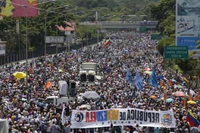 Venezuela: Nouvelle manifestation contre Maduro