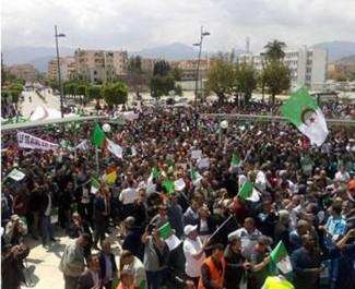 Béjaïa: Le harcèlement contre les syndicalistes continue