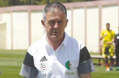 """Dix minutes avec Lucas Alcaraz, Entraîneur national : """"Les clubs algériens ne travaillent pas beaucoup l'aspect tactique"""""""