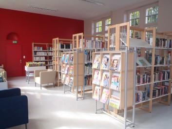 Une bibliothèque municipale à Aïn-Kerma