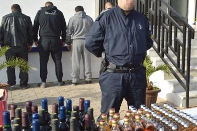 Lutte contre le trafic de stupéfiants de boissons alcoolisées et de documents officiels:  Plus de quatre quintaux de kif traité saisis