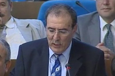 Nordine Aït-Hamouda au soir d'Algérie : «S'affranchir des chapelles politiques»