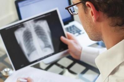 """3ème journées nationales d'Oncologie médicale de Blida:  """"La prévention, seule arme contre le cancer du poumon"""""""