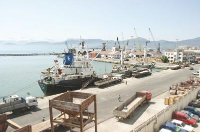 Un autre bateau transportant des équipements de cevital bloqué au port: Sabotage sur ordonnance : ça continue