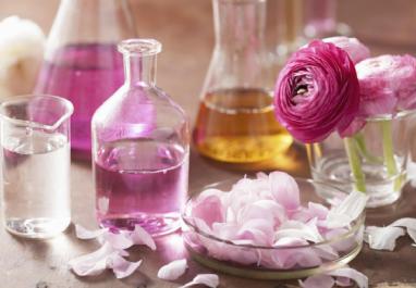 Les différents bienfaits de l'eau de rose sur notre corps