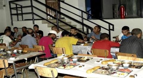 Ramadan : les SMA ouvrent 220 restaurants d'iftar