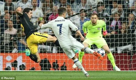 LDC : Un triplé de Ronaldo permet au Real de dompter l'Atlético !