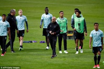 Ajax – Peter Bosz :»La finale n'a plus le même éclat qu'elle devrait avoir»