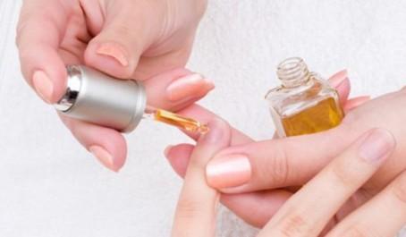 Préparation: de la semaine Lotion aux huiles et à l'ail pour les ongles
