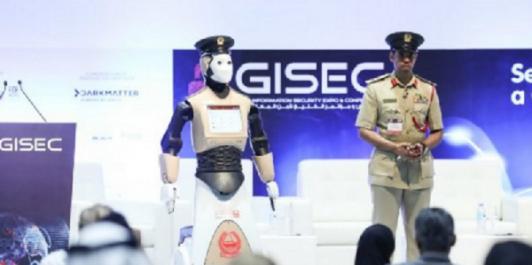 Dubaï: pour la première fois un robot policier est embauché