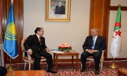 SELLAL reçoit l'envoyé spécial du président Kazakh