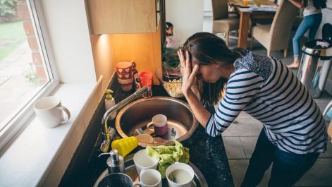La «charge mentale», le syndrome des femmes épuisées «d'avoir à penser à tout»