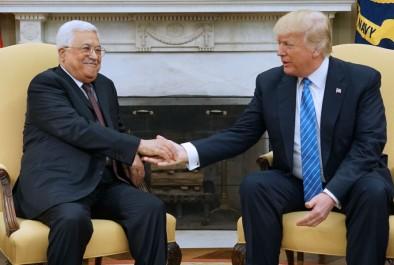 Donald Trump accueille Mahmoud Abbas à la Maison Blanche
