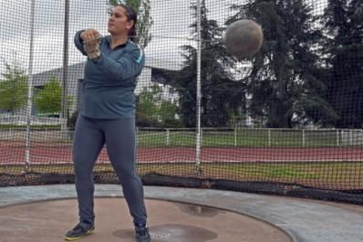 Athlétisme : Lancer de Marteau Zouina Bouzebra se qualifie pour les Championnats arabes