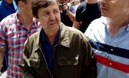 VIDEO: Saïd Bouteflika mal accueilli au rassemblement contre Ennahar TV