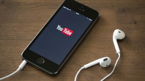 YouTube : Enfin, les vidéos verticales vont s'adapter aux smartphones !