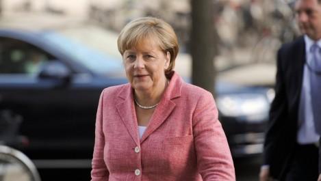 Après les violences accompagnant le sommet: Merkel sous pression