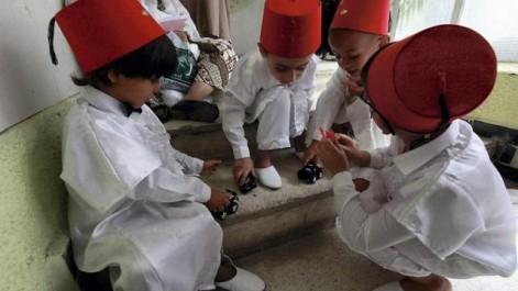 Circoncision des enfants à l'occasion de la nuit du destin