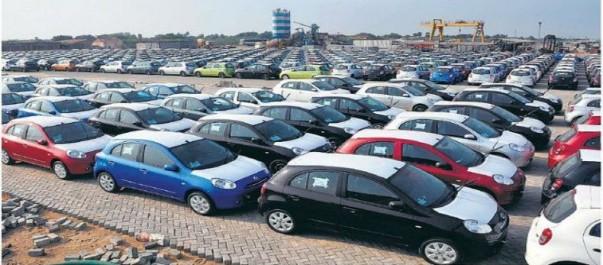 importations de véhicules: Les concessionnaires en stand-by